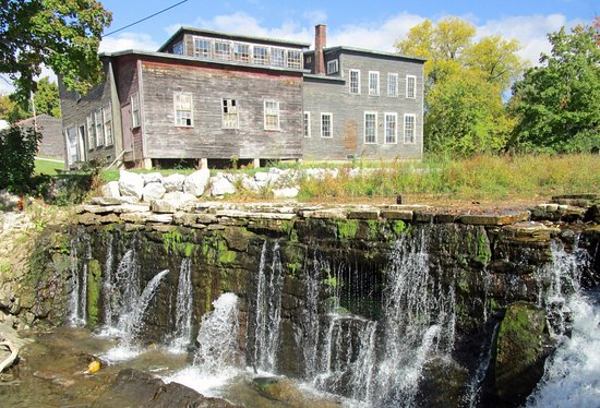 Shelburne, VT: Tour includes roadside scenic and historic stops