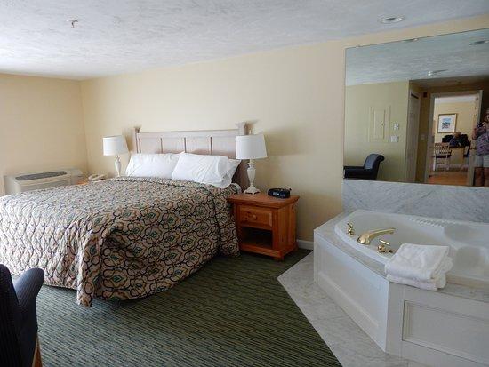 InnSeason Resorts Surfside: master bedroom