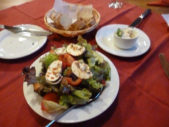 Koenigsbach-Stein, Германия: salad with light vinegrette