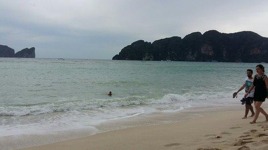 Phi Phi Bayview Resort: 20161022_143843_large.jpg