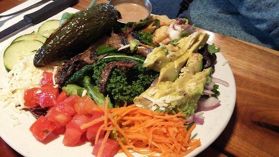 The Vista Pub : Vegetarian Chef Salad