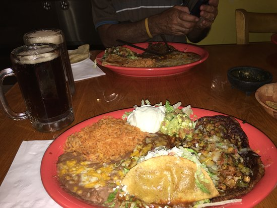 Rigo's Mexican Restaurant: steak in back, chile relleno in front