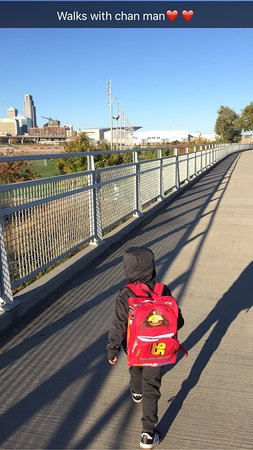 Council Bluffs, IA: Beautiful view of Omaha! Little brother loved!