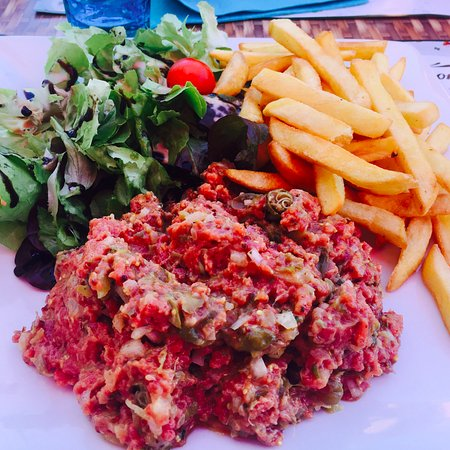 Montigny-le-Roi, France: Steak Tartare