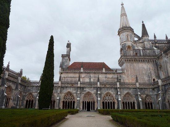 Mosteiro da Batalha (visto do claustro)