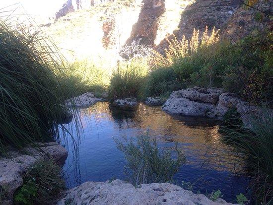 Sitting Bull Falls: photo0.jpg