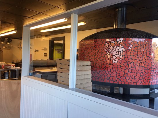 Frederick, MD : Awesome wood fired pizza oven