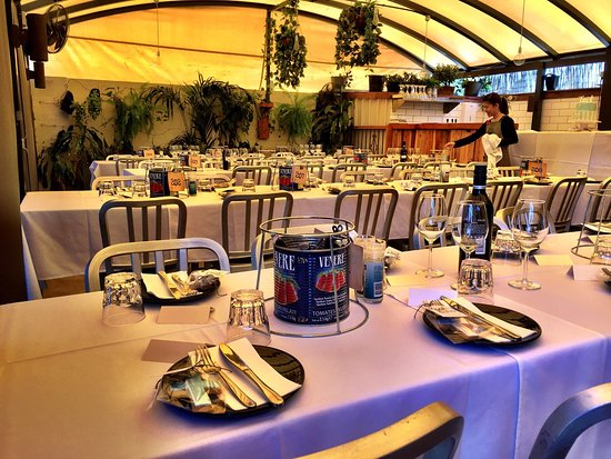 Concord, Australia: 7 menu options for Adults, kids friendly menu, affordable drink package options make your party