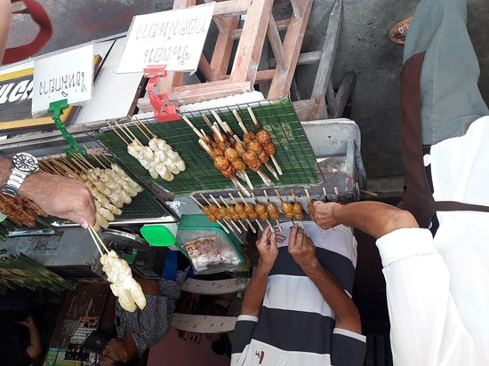 Phe, Thailand: มีอาหารกินเล่นให้ด้วยนะคะ