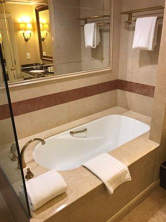 โรงแรมเดอะเวเนเชี่ยน มาเก๊า รีสอร์ท: 1477128955206_large.jpg