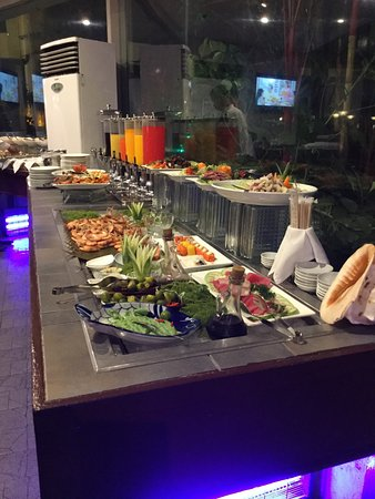 best buffet in town review of entree davao city philippines rh tripadvisor com