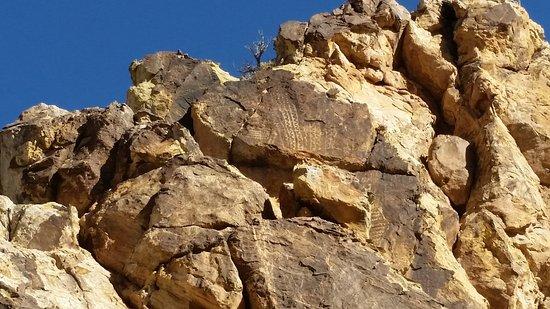 Parowan Gap Petroglyphs: Petroglyph, Parowan Gap, Utah