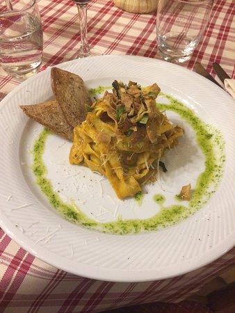 Montebonello, Italia: photo0.jpg
