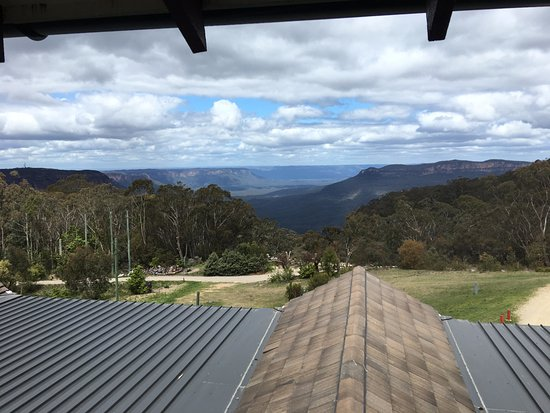 Leura, Australia: View of Megalong Valley from the main restaurant