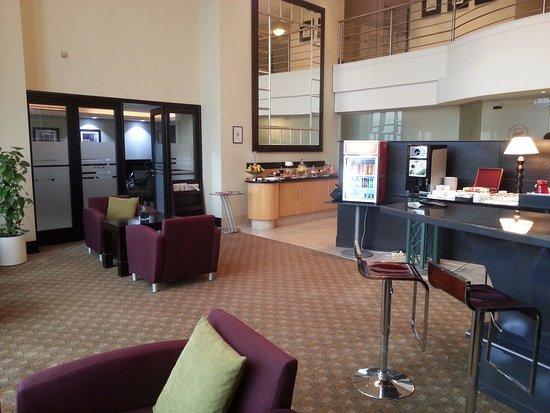 Sheraton Tirana Hotel: Lounge