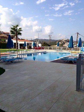 Renieris Hotel: photo3.jpg