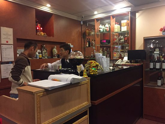 Thornleigh, Австралия: Front counter of restaurant