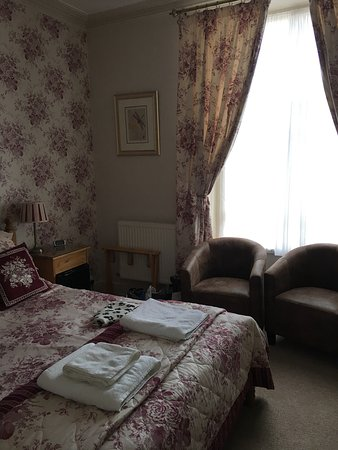 Caer Menai Guest House / Bed and Breakfast: photo8.jpg