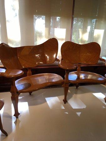 mobili sala da pranzo - Picture of Gaudi House Museum, Barcelona ...