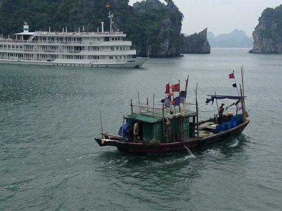 Tuan Chau Island, Vietnam: photo1.jpg