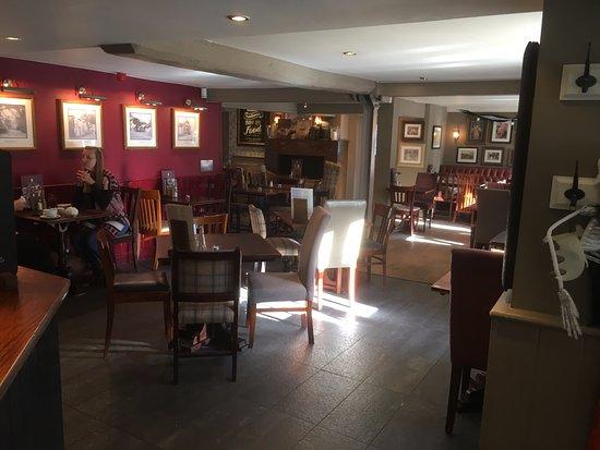 Wickford, UK: Inside The Quart Pot - by Bob the Brit