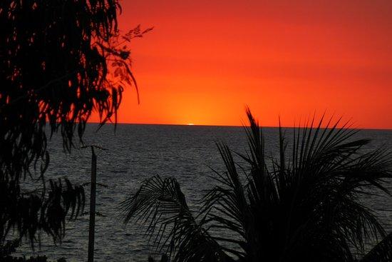 """Ambatoloaka, Madagascar: Aspettando """"Il Raggio Verde"""""""