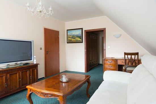 Hotel Harrachovka: Apartmán - obývací pokoj