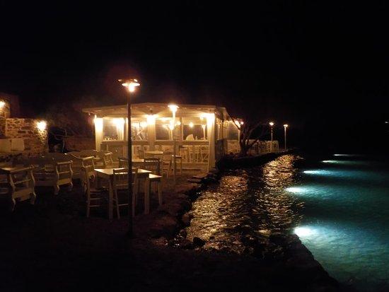 Kanali Restaurant: Magical romantic setting