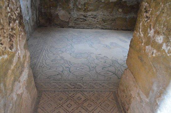 Azraq, Jordan: Des mosaïques également...