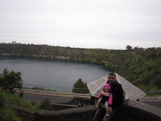 Mount Gambier, Australia: Blu Lake a Mont Gambier