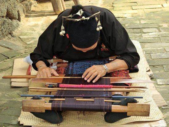 Baoting County, Kina: Sanya Li and Miao Village