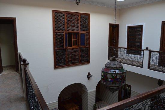 Riad Marana: Vista del primer piso