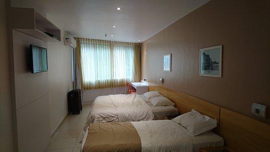 Atlantis Copacabana: Adjunto una imágen de nuestra habitación.