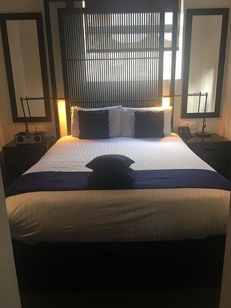 La Suite West - Hyde Park : Bedroom