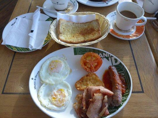 Kempton Park, Afrika Selatan: Yummy breakfast