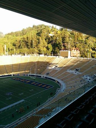 Berkeley, CA: スタンドからの風景