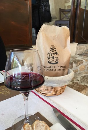 Chateauneuf-du-Pape, Francja: Menu, setting and meal