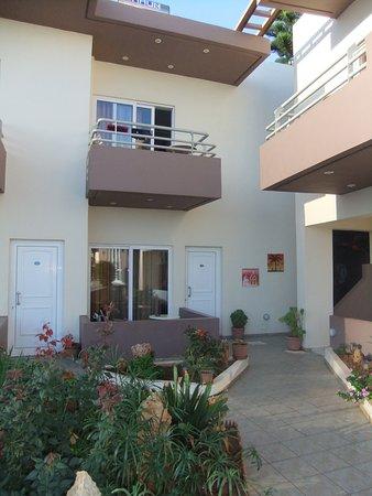 Hotel Nostos Photo