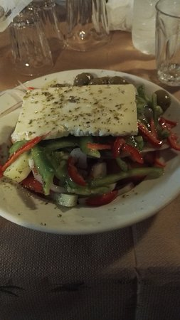 Taverna Ta Varelia: IMG_20161007_211511_large.jpg