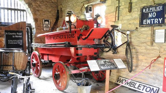Hutton le Hole, UK: Hand pulled fire engine