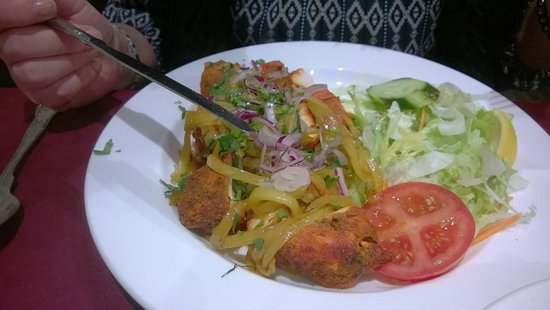 Much Wenlock, UK: Wifeys chicken tikka main