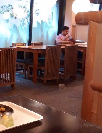 Hotel Edoya: Sala de los desayunos, también sirven cenas.