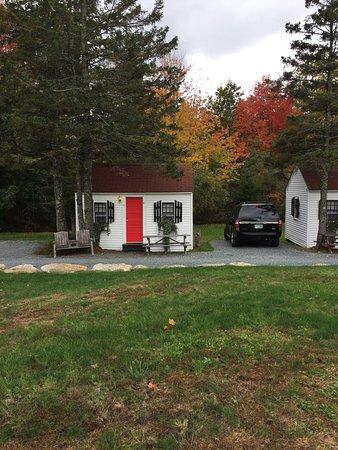 Trenton, Maine: Cabin 9