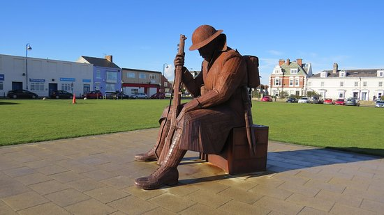 Seaham, UK: Sculpture of 'Tommy'