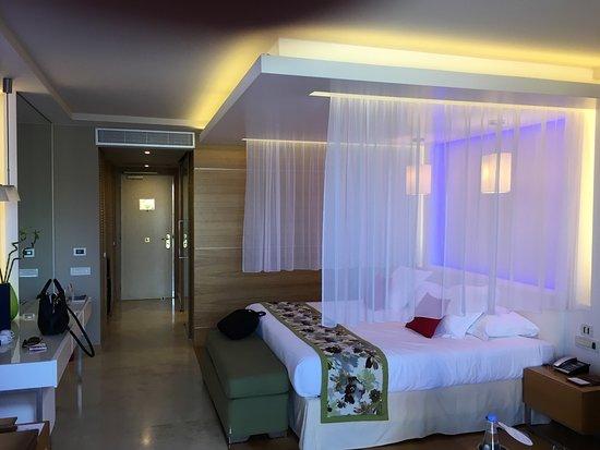 Amathus Elite Suites: photo3.jpg