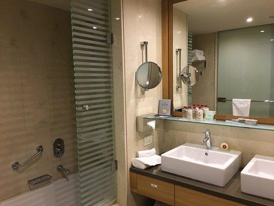 Amathus Elite Suites: photo4.jpg