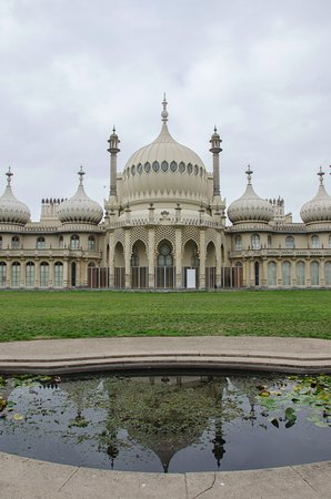 Royal Pavilion: A view of the palace from the front.