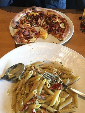 California Pizza Kitchen Atlanta 4600 Ashford Dunwoody Rd NE