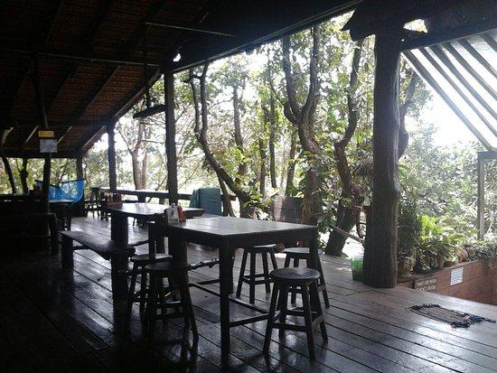 Sen Monorom, Cambogia: boomhut/restaurant