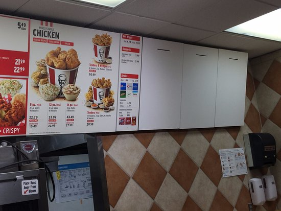 Florham Park, NJ: Dirty walls, menu board missing items